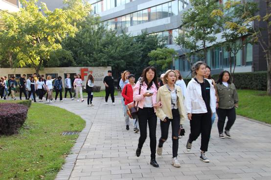 沈阳城市建设学院应用科技学院软件工程系新生进企观摩_感受社会初体验
